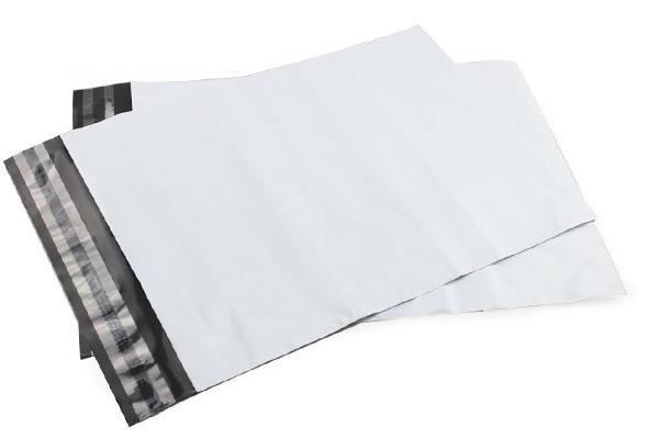 weiße Kurier Taschen